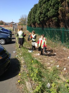 JLT litter pick school (10)